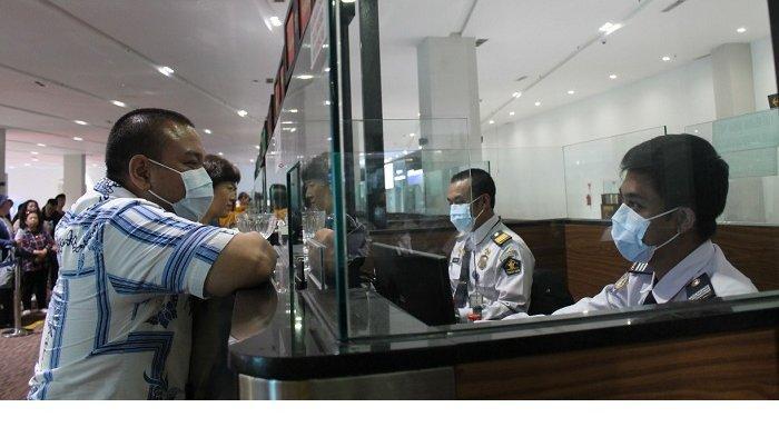 Wajib Pakai Masker di Areal Bandara Internasional Soekarno Hatta Supaya Terhindar Virus Corona