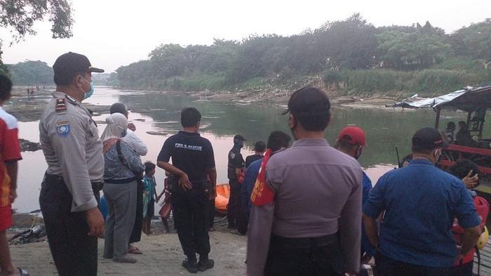 Lagi Berenang Terseret Arus, Dua Bocah Tenggelam di Eretan Bayur Tangerang, Seorang Belum Ditemukan