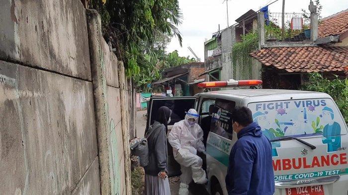 Positif Corona, Satgas Covid-19 Evakuasi Satu Keluarga di Cikarang Barat untuk Isolasi di Hotel Ibis