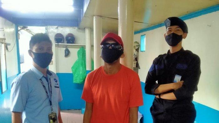 Petugas Transjakarta Berhasil Tangkap Pencuri Hand Sanitizer di Bus yang Viral