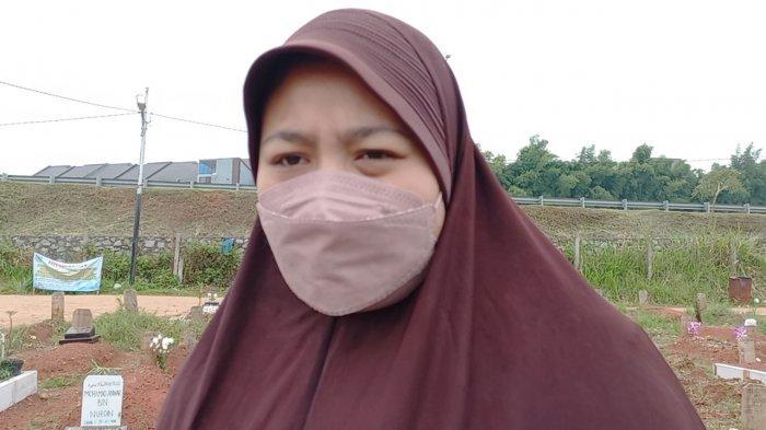 Pemakaman Pasien Covid-19 di TPU Jombang Sepi, Sinta Tetap Taat Prokes