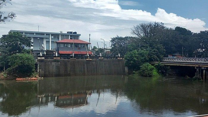 UPDATE Tinggi Muka Air Rabu 21 April 2021: Waspada, Pos Pantau Pasar Ikan dan Marina SIAGA 2