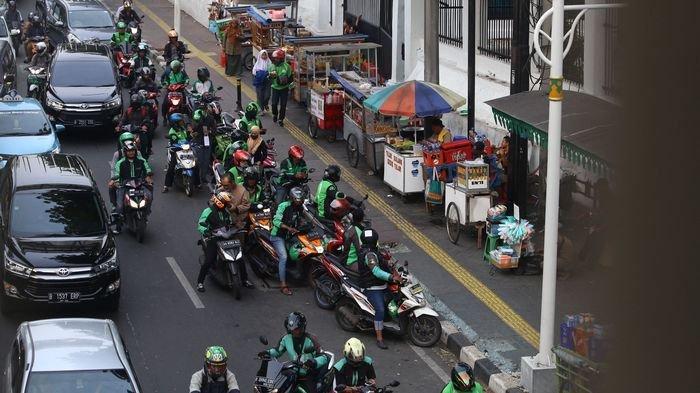 8 Trotoar di Sudirman-Thamrin Direkomendasikan Boleh Ditempati PKL, Pedagang Harus Pakai Mobil Boks