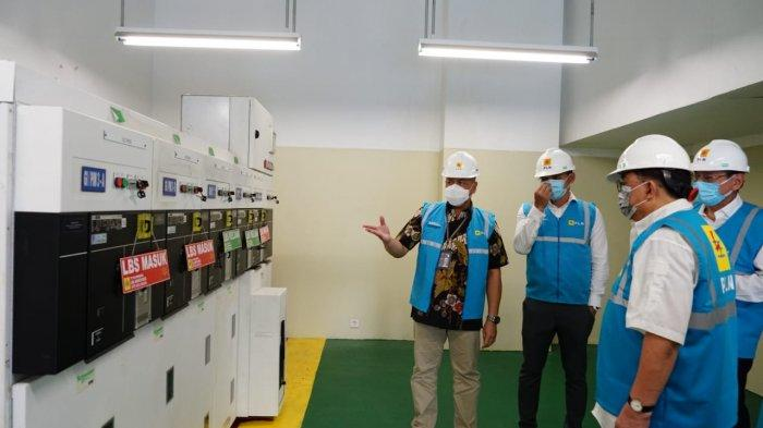 PLN Unit Induk Distribusi Jakarta Raya melakukan energize penambahan daya listrik untuk Pondok Indah Mall (PIM) 3 pada Kamis (8/4/2021).