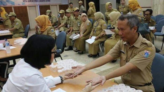 Sri Mulyani Jamin THR dan Gaji ke-13 PNS, TNI/Polri Pasti Dibayar