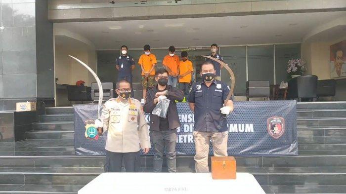 Tak Punya Duit buat Beli Miras, Tiga Anggota Geng Motor Rampok dan Bacok Tukang Bubur Hingga Tewas