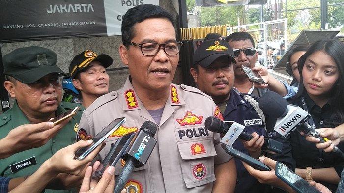Polda Metro Turunkan 5.500 Personel Gabungan Bersiaga Amankan Demo Mahasiswa di Depan Gedung DPR/MPR