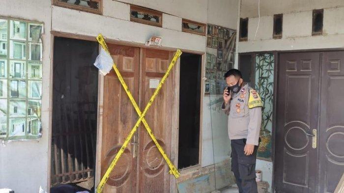 Bakar Sampah Pakai Bensin, Seorang Ibu Rumah Tangga di Bekasi Tersambar Api Hingga Terluka Parah