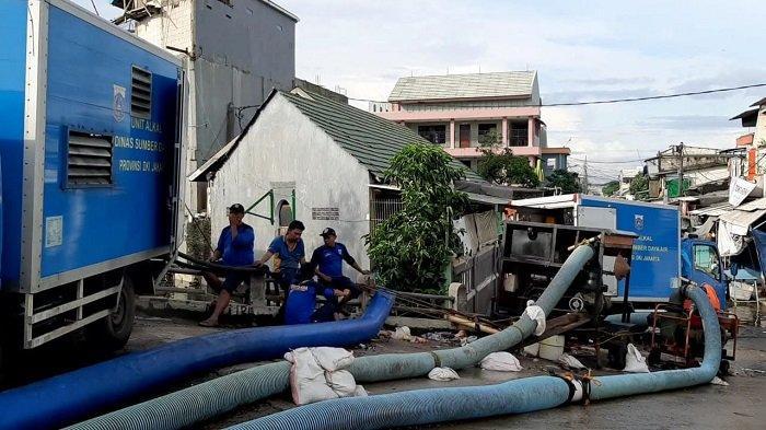 10 Pompa Mobile Siap Dikerahkan di Jakarta Utara Jelang Musim Hujan