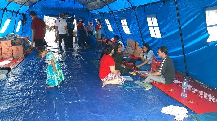 Cegah Covid-19, Posko Pengungsian Kebakaran di Tambora Ditambah