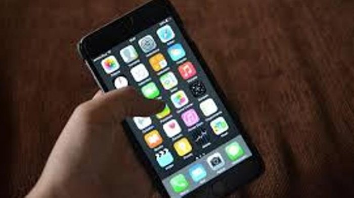 Gawat, Data NIK dan KK Pelanggan Operator Telepon Seluler Bocor, Anda Harus Cek