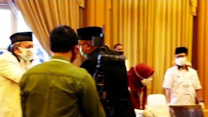 Pradi Supriatna Contohkan Politik Santun saat Pengundian Nomor Urut Pilkada Depok di Cibubur, Depok