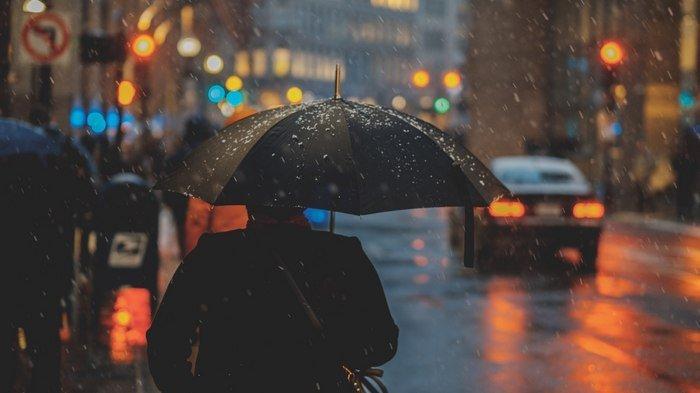 Cuaca Selasa 21 Januari 2020 Sebagian Jakarta Berawan, Waspadai Hujan Petir di Jaksel dan Jaktim