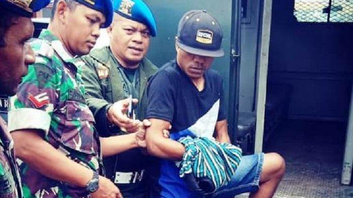 FAKTA Anggota TNI Pratu DAT Jual Amunisi ke OPM, Ditangkap Saat Sedang Datang ke Acara Kedukaan