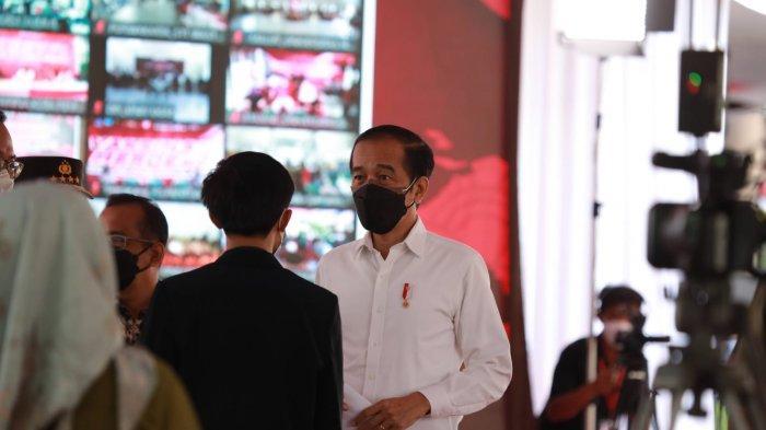 Tinjau IPB, Presiden Jokowi Minta Mahasiswa Gerakkan Masyarakat Ikut Vaksinasi Covid-19