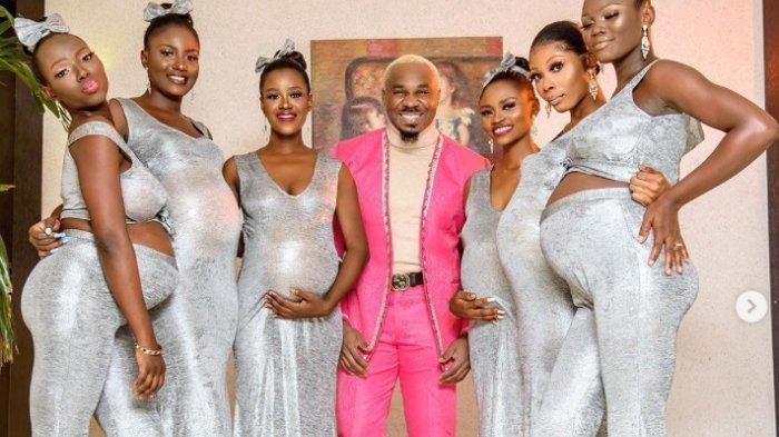 Pretty Mike alias Mike Eze-Nwalie Nwogu, asal Nigeria, memamerkan 6 istrinya yang sedang hamil di sebuah resepsi pernikahan. Dia juga menunjukkan foto dan video kehidupan pribadinya di tempat tidur dan kamar mandi.