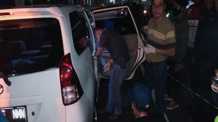 Pria di Bintaro Ditemukan Tewas di Dalam Mobil Avanza Putih