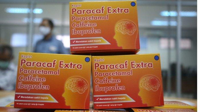 Produk obat sakit kepala Paracaf Extra