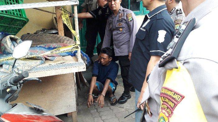 Polisi Lakukan Rekonstruksi Kasus Pembunuh Istri dan Pembakar Anak di Kramat Jati