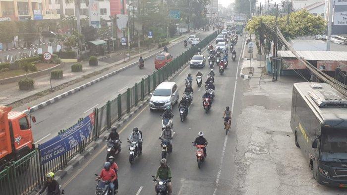 VIDEO: Ada PSBB Total, Jalan Sudirman Bekasi Masih Tetap Ramai Kendaraan Arah ke Jakarta