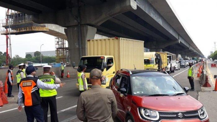 Liburan Naik Mobil Pribadi Tak Wajib Test Antigen, Keluar Masuk Jakarta Kena Rapid Test Antigen Acak