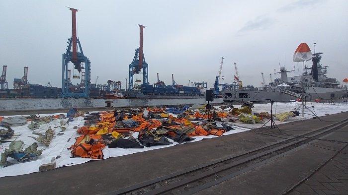UPDATE Suasana Posko SAR Terpadu JICT Hari Ke-9, Semakin Banyak Puing Sriwijaya Air SJ-182 Ditemukan
