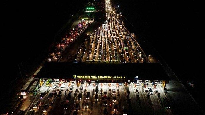 Hiraukan Imbauan Pemerintah, Jumlah Kendaraan Keluar Jakarta saat Libur Imlek tetap Meningkat