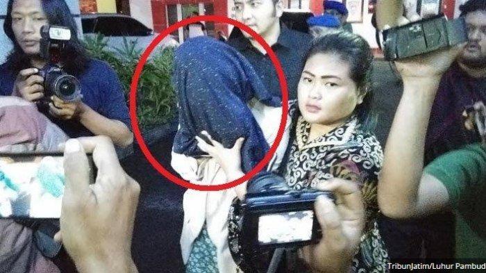 KRONOLOGI Putri Pariwisata Diciduk Polisi Saat Kencan dengan Pelanggannya, Kondom Jadi Barang Bukti