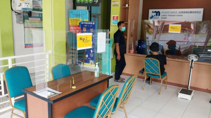 Puskesmas Jurangmangu merupakan salah satu dari 67 fasilitas kesehatan yang disediakan Pemkot Tangerang Selatan sebagai lokasi pemberian vaksin Covid-19.