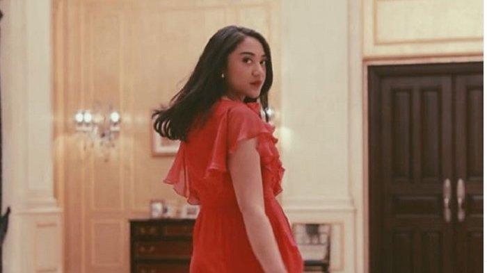 JADI STAF Milenal Jokowi, Inilah Janji Putri Indahsari Tanjung dan 6 Staf Khusus Presiden Jokowi
