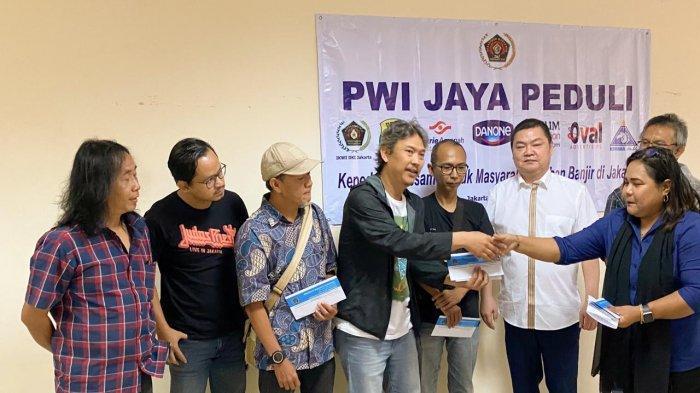 Pwi Jaya Peduli Korban Terdampak Banjir