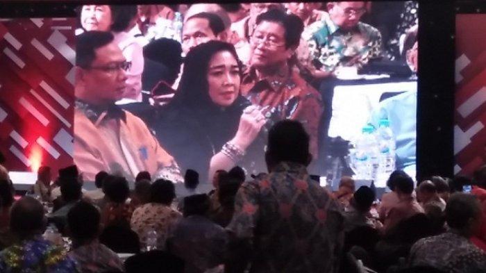 Sambil Menangis, Adik Megawati Minta Indonesia Kembali ke UUD 1945, Try Sutrisno Setuju