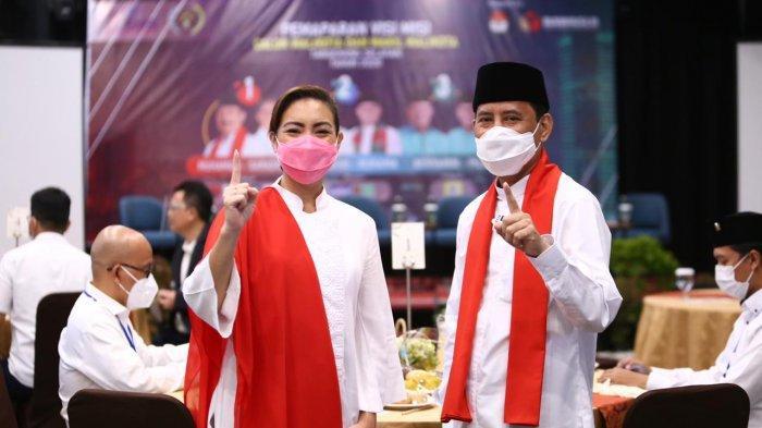 Muhammad dan Rahayu Saraswati dalam acara 'Penyampaian Visi Misi Paslon Walikota dan Wakil Walikota Tangerang Selatan 2020' di Hotel Aviary Bintaro, Pondok Aren, Tangsel pada Rabu (14/10/2020).