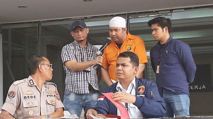 TERUNGKAP Pemilik Mobil B 1 RI Halangi Pelantikan Jokowi Raja Pulau Buru, Tokoh Adat Minta Bebaskan