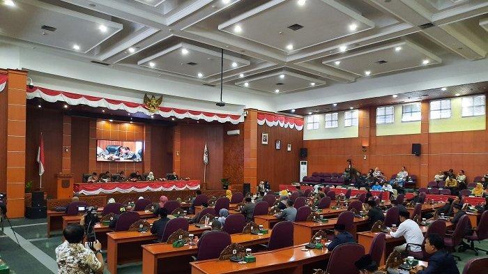 Mau Bahas Lima Rancangan Raperda, 10 Anggota DPRD Malah Tidak Hadir di Rapat Paripurna, Ada Apa?