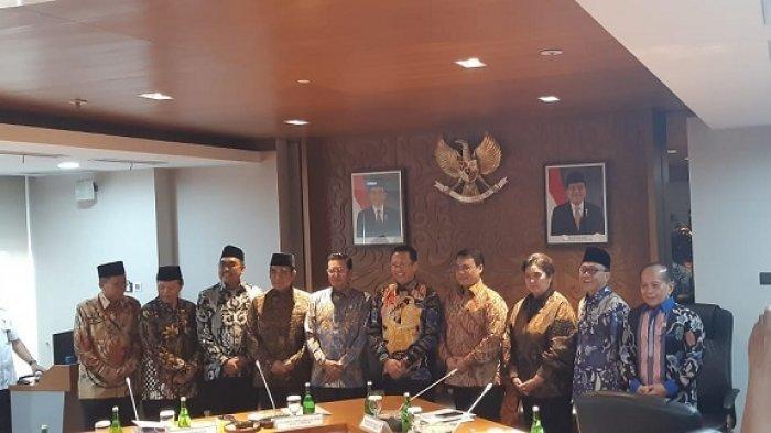 Berubah Lagi, Pimpinan MPR Kini Sepakati Pelantikan Jokowi-Maruf Amin Pukul 2 Siang