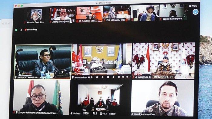 Suasana rapat PSSI dengan Komisi III DPR dan Kemenpora yang menyetujui Marc Klok jadi WNI