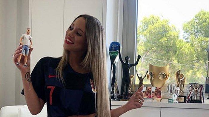 Istri Ivan Rakitic Bawa Jimat ke Piala Dunia 2018
