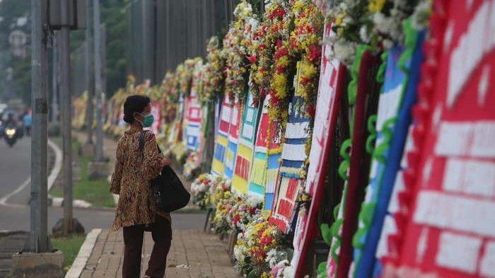 Makodam Jaya Dibanjiri Karangan Bunga, Fadli Zon: Buang-buang Uang, Model Zaman Ahok