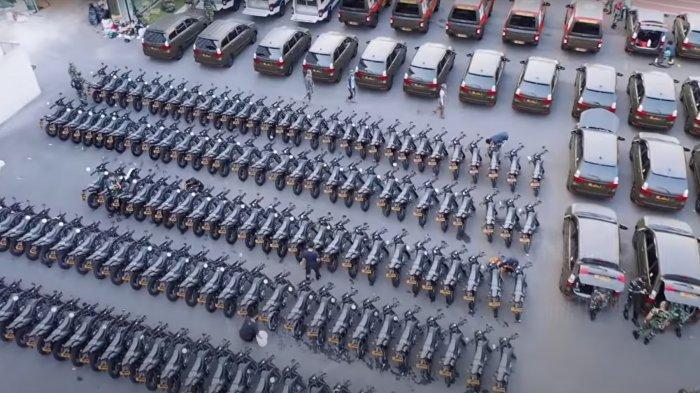 VIDEO KSAD Jenderal Andika Bagikan Ratusan Mobil dan Motor: 'Sekarang Juga Ambil Bawa Pulang'