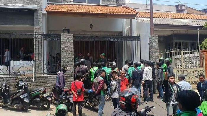 Ratusan Pengemudi Ojol Geruduk Kantor Penyalur Tenaga Kerja, Polisi: Hanya Salah Paham
