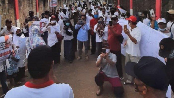 VIDEO Warga Gunung Sindur Protes Polusi Udara dari PT Acon Indonesia, Bikin Pusing Hingga Mual