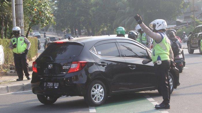 Ahmad Riza Patria Pastikan Ganjil Genap Pelat Mobil di Jakarta Belum Diberlakukan Kembali