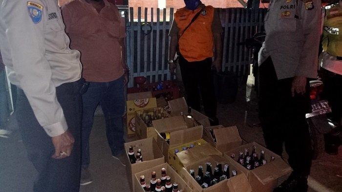 Razia PSBB di Kranji Bekasi, Aparat Malah Temukan 104 Botol Miras