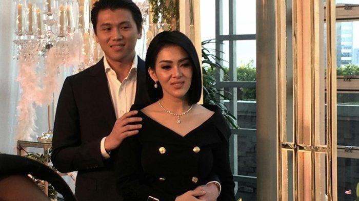 Alasan Menjaga Tradisi Keluarga, Reino Barack Memilih Menikahi Syahrini di Tokyo