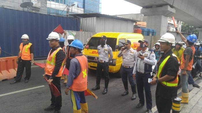 Ada Kegiatan Loading Test MRT, Lalu Lintas Jalan Panglima Polim Dialihkan