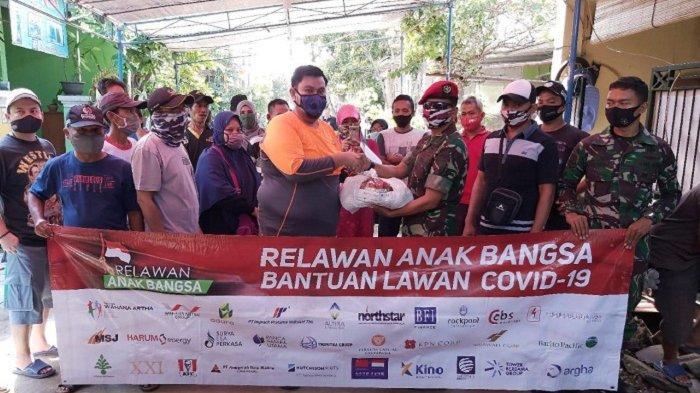 Gandeng Wahana Artha Group, Relawan Anak Bangsa Salurkan Paket Sembako hingga ke Indonesia Timur