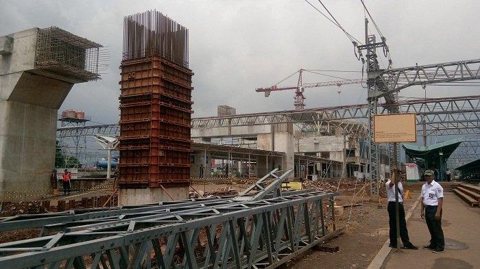 Jalur 10 Stasiun Manggarai Ditutup, Penumpang Commuter Line Perhatikan Perubahan Jalur Keberangkatan