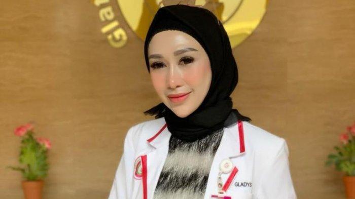 dokter muda Reza Gladys