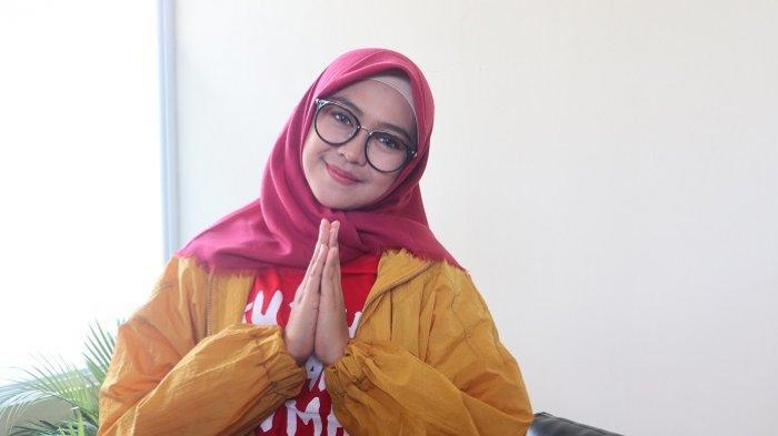Gelar Wisuda Online Akibat Pandemi Covid-19, Ria Ricis Akhirnya Jadi Sarjana Setelah 7 Tahun Kuliah